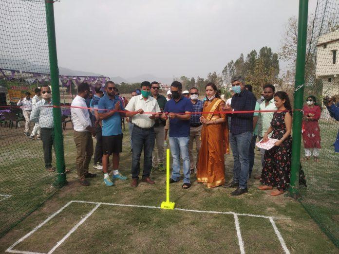 हल्द्वानी में शुरू हुआ जीएनजी क्रिकेट एरीना शुरू